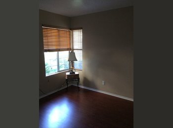 EasyRoommate US - Room to rent - Camarillo, Ventura - Santa Barbara - $650 pcm