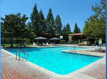 EasyRoommate US - Room For Rent-Gated Community - Santa Ana, Orange County - $950 pcm