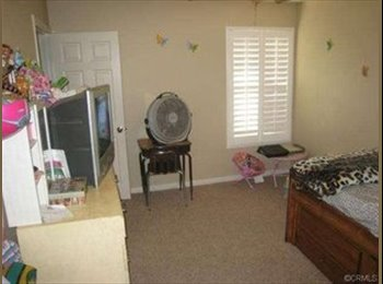 EasyRoommate US - 2 Furnished Rooms Available - Hemet, Southeast California - $650 pcm