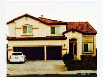 EasyRoommate US - Rooms for rent 3000sqft 5b/3 home... - Murrieta, Southeast California - $500 pcm