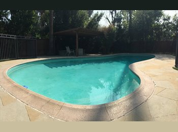 EasyRoommate US - Poolhouse, Gated Yard, Fruit Trees, CSUN - Reseda, Los Angeles - $800 pcm