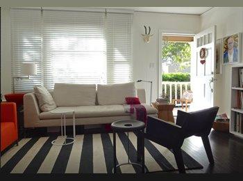 Bright room & Backyard