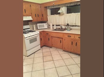 EasyRoommate US - 2nd floor of 2-family house/$1,600 per month - Bloomfield, North Jersey - $1,600 pcm
