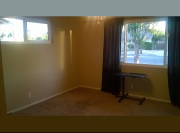 EasyRoommate US - Room for Rent West Hemet Ca  55 plus community - Hemet, Southeast California - $450 pcm