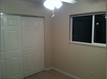 Room available in Golden Valley