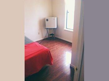 Clean, quiet room near JEB/NOB/ODU/NSU.