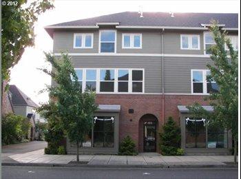 EasyRoommate US - Room for rent - Gresham, Gresham - $650 pcm