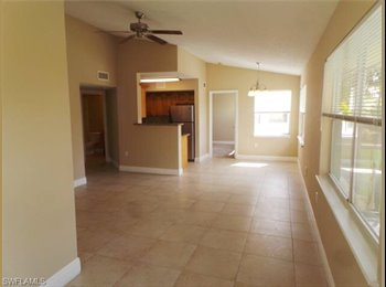 EasyRoommate US - Seeking professional female roommate ft myers - Fort Myers, Other-Florida - $525 pcm
