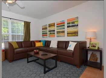 EasyRoommate US - Summer Sublease at University Club Townhomes - Panama City, Tallahassee - $529 pcm
