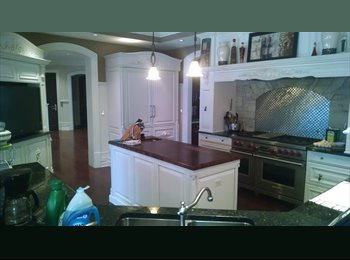 EasyRoommate US - Room available in GIANT house - Forest Glen, Chicago - $1,000 pcm