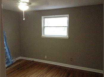 EasyRoommate US - Master Bedroom or single room available - Norfolk, Norfolk - $500 pcm