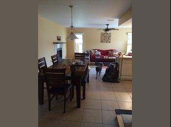 EasyRoommate US - North Port Room - Sarasota, Other-Florida - $650 pcm