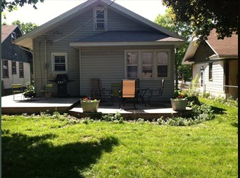 EasyRoommate US - Lower-level apartment in house with garage parking - St Paul Northwest, Minneapolis / St Paul - $750 pcm