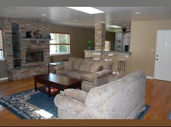 BEAUTIFUL ROOM, UTILITIES INCL, CENTRAL