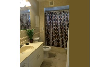 EasyRoommate US - ROOM FOR RENT - Hollywood, Ft Lauderdale Area - $650 pcm