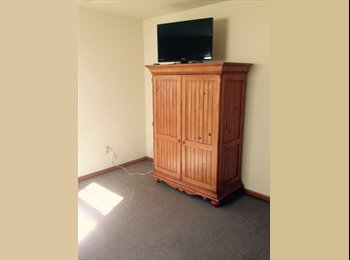 EasyRoommate US - Large Room For Rent - Gloucester, South Jersey - $450 pcm