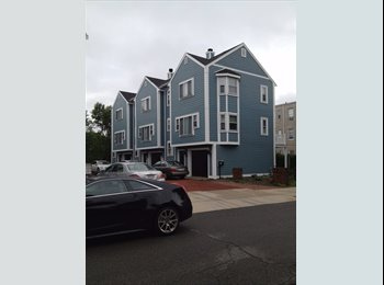 EasyRoommate US - South Boston Roommate Wanted 3 Floors, 3BR, 3Bath, - South Boston, Boston - $1,325 pcm