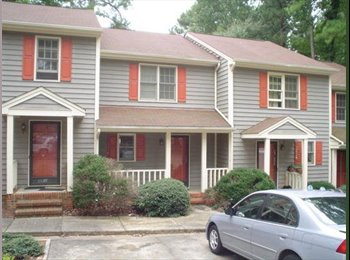 EasyRoommate US - Townhouse Room for Sublet Half Off May Rent - Raleigh, Raleigh - $400 pcm