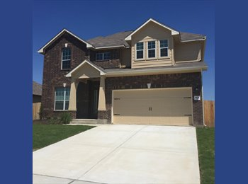EasyRoommate US - Hutto Texas Home with plenty pf rooms Brand New - North Austin, Austin - $600 pcm