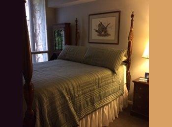 EasyRoommate US - Large Buckhead condo to share. - Buckhead, Atlanta - $750 pcm