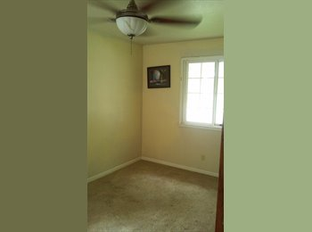3 rooms for rent 2min from old sac