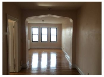 EasyRoommate US -  $900 6/1 Spacious Room Overlooking Comm Ave, Steps from Green Line  - Brighton, Boston - $900 pcm