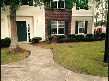 EasyRoommate US - Wanted someone to Sub Lease my apartment - Greenville, Other-North Carolina - $680 pcm