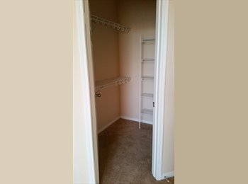 EasyRoommate US - extra room with your own bathroom and walk in closet! - Eastlake, San Diego - $750 pcm