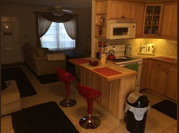 EasyRoommate US - Room available across from intercoastal $550 - West Palm Beach, Ft Lauderdale Area - $550 pcm