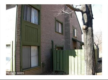 3 rooms Available in Columbia, MD-Oakland Mills