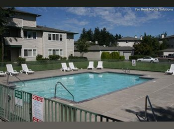 EasyRoommate US - Room for rent 462.00 month w/private bath - Gresham, Gresham - $462 pcm
