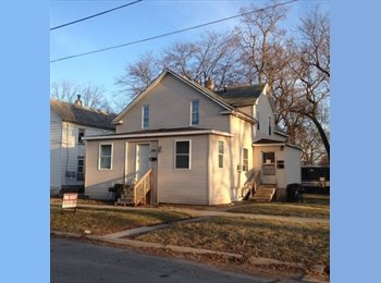 EasyRoommate US - 1 Bedroom Apartment - Other-Iowa, Other-Iowa - $450 pcm