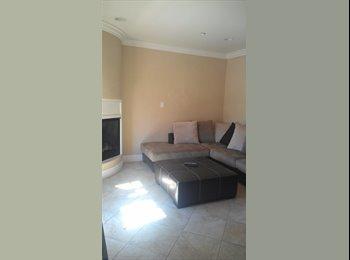EasyRoommate US - San Clemente room for rent - San Clemente, Orange County - $800 pcm