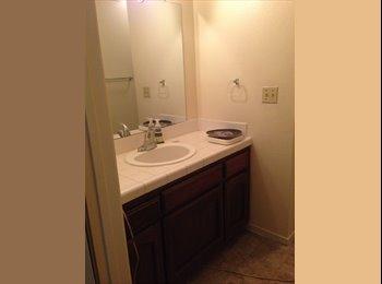 EasyRoommate US - 1 Bedroom  - Sierra Sky Park, Fresno - $500 pcm