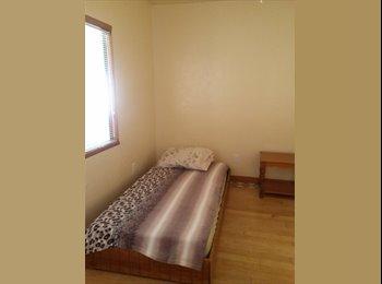 EasyRoommate US - Bedroom For Rent - Long Beach, Los Angeles - $550 pcm
