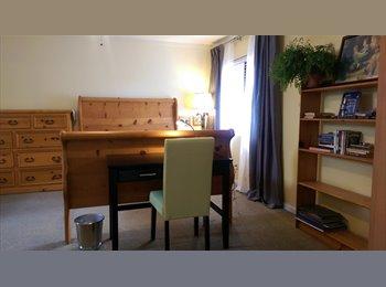 EasyRoommate US - Two-room Suite in Irvine - Irvine, Orange County - $1,000 pcm