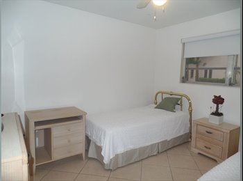 EasyRoommate US - CORAL GABLES Room prvt Bthrm. FEMALE ONLY - Coral Gables, Miami - $750 pcm