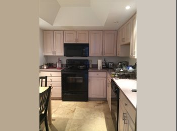 EasyRoommate US - $900 Room Available in Gorgeous Bayside 2 BR Condo - GREAT VIEW!! (PALM BAY) (Miami - (MIMO)) - El Portal, Miami - $900 pcm