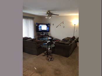 EasyRoommate US - Room for rent, access of whole house - Downtown - Alamo Heights, San Antonio - $550 pcm