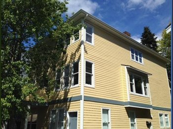 Beautiful 3-bed, 2 1/2 bath home in three unit co