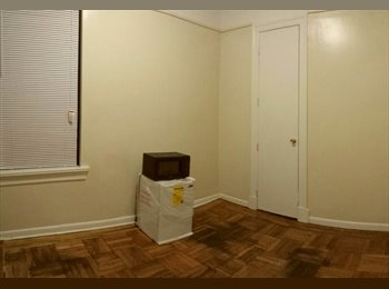 Cozy Apartment Share Right at Prospect Park