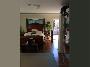EasyRoommate US - Big room in a second-floor apartment in Echo Park! - Echo Park, Los Angeles - $1,150 pcm
