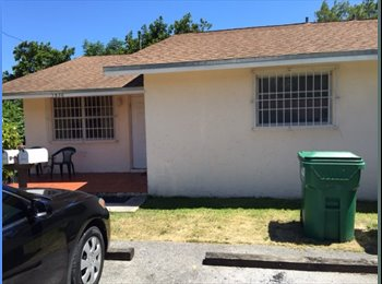 EasyRoommate US - Rent a room perfect for students or professional - South Miami, Miami - $700 pcm