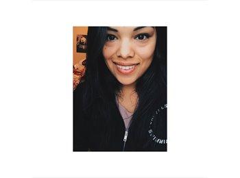 Vanessa  - 21
