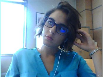 Valentina - 23 - Student
