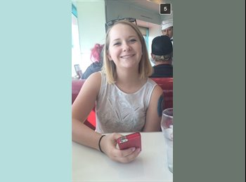 EasyRoommate US - Amanda - 18 - Orange County