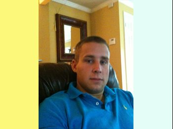 EasyRoommate US - Robert - 27 - Charleston Area