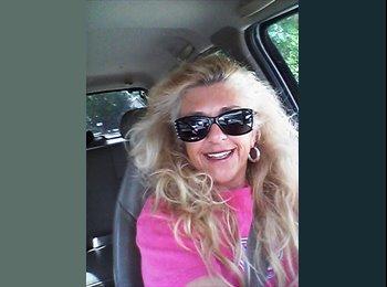 EasyRoommate US - Kelly  - 51 - Other-Florida