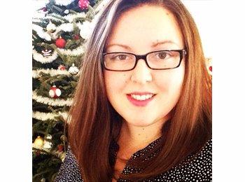Rebecca - 23 - Professional