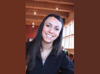 Megan - 25 - Professional